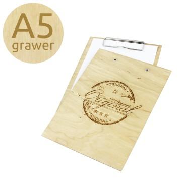 Drewniany clipboard A5 z grawerem (lakierowany)